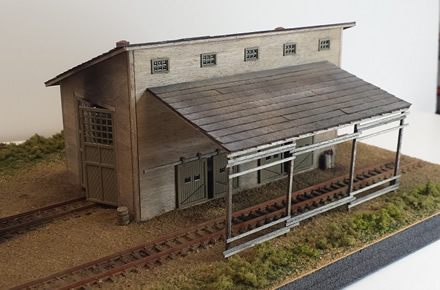 Branch Line Engine House ~ N scale