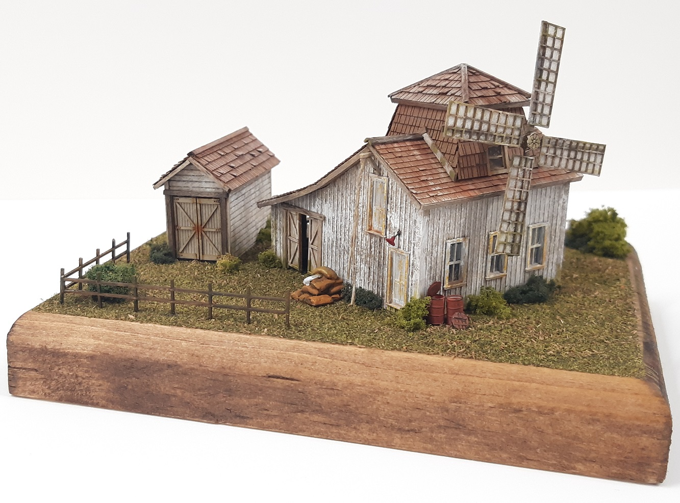 Saladinos Mill ~ HO scale