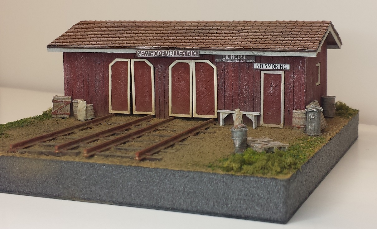 Speeder & Oil Shed ~ HO scale